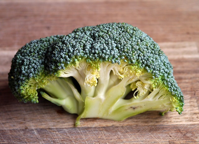 Photo of broccoli top as a food for guinea pigs